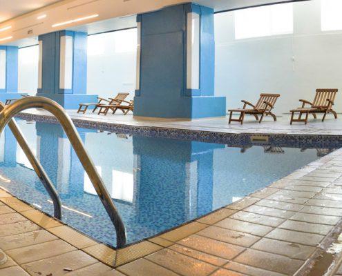 Villaggio Olimpico Bardonecchia | dettaglio piscina